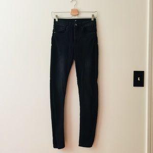 H&M | Black High-Rise Skinny Jeans